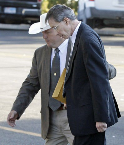 Sect leader Warren Jeffs convicted of child sex abuse