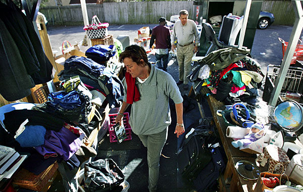 Thrift stores see spike in donations as some try to get last-minute tax deductions