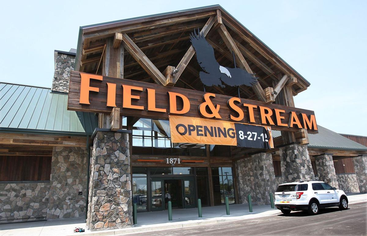 Field & Stream to open in area's sporting goods arena
