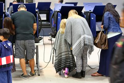 Mother daughter voting (copy)