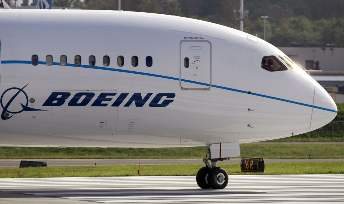Boeing engineers urged to reject labor offer