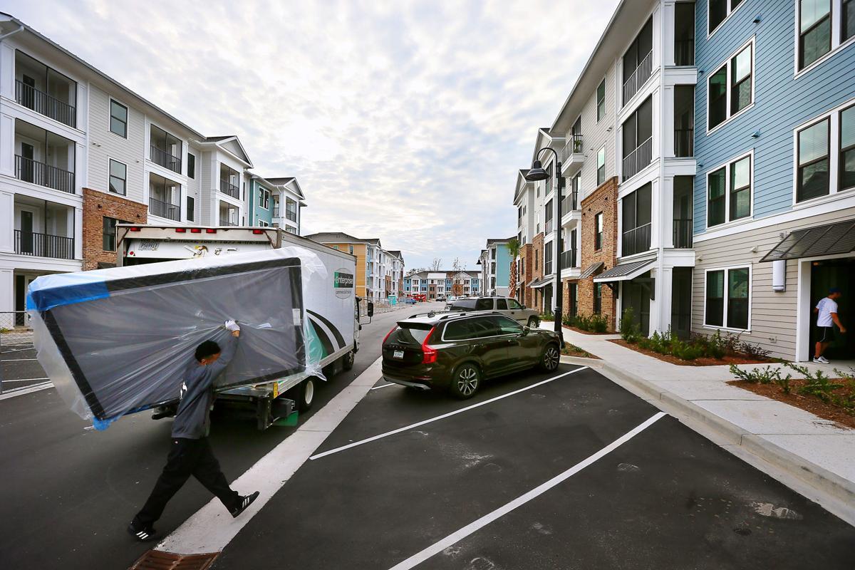 30 Ridiculous Amenities At Charleston Apartments Real Estate