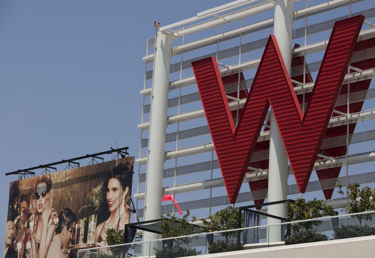 Starwood Hotels considering strategic options
