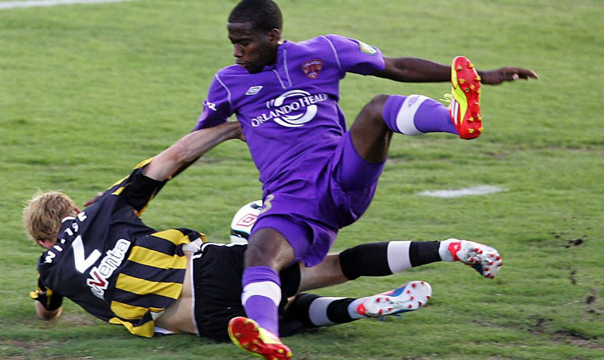Orlando City beats Charleston Battery, 2-1