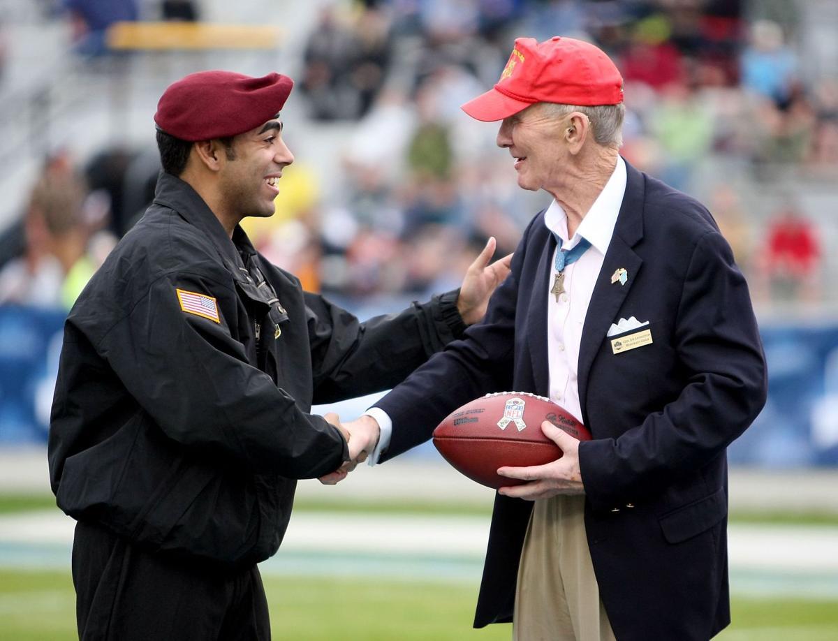 Inaugural Medal of Honor Bowl honors veterans