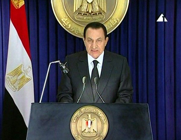 Mubarak resignation being discussed