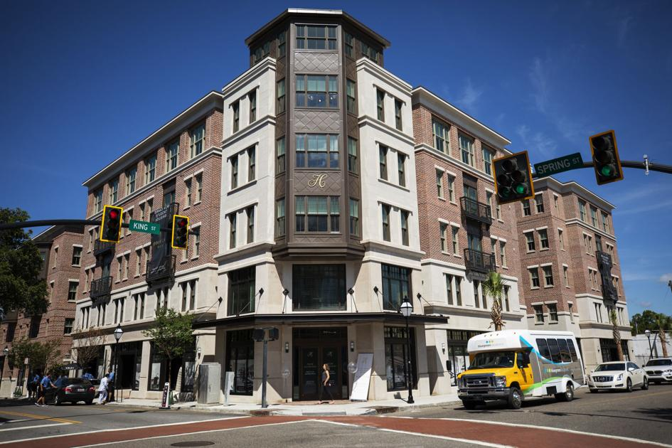 Charleston's new luxury student apartment building, Hoffler Place, opens at 88% leased