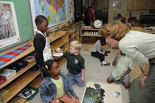 S.C. promotes Montessori schools