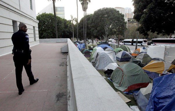 In Los Angeles, Occupy-city ties are cordial