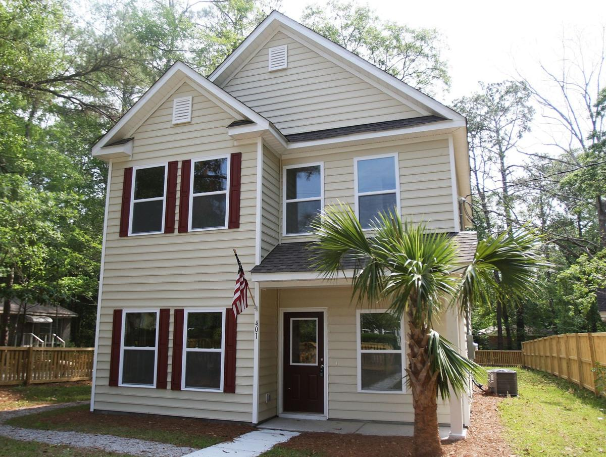 401 Simmons Ave. - Recently constructed house in central Summerville boasts quiet neighborhood, interior perks