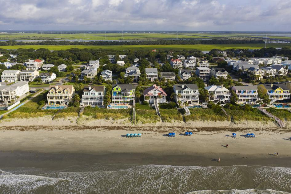 Isle of Palms extends some restrictions on beach parking, allows other to expire