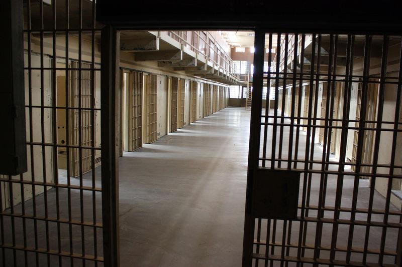 Prison Jail web recurring