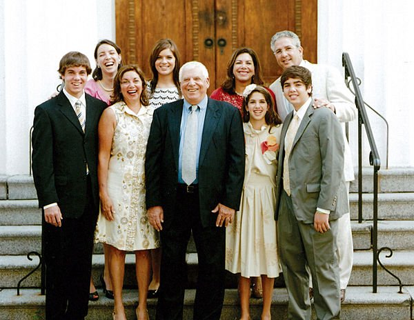 Family to be honored for philanthropy