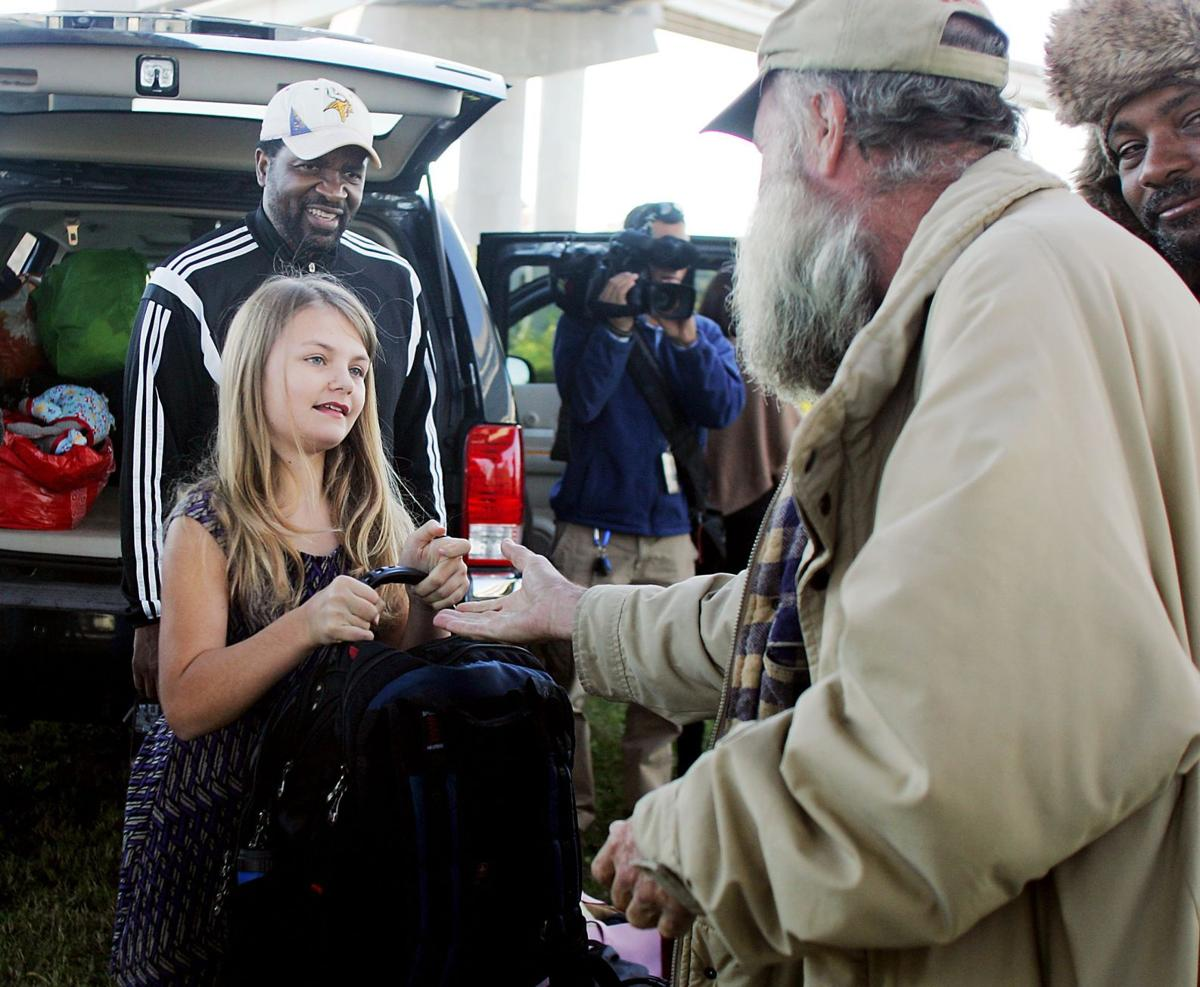 9-year-old Isle of Palms girl 'makes a difference' for homeless of tent city