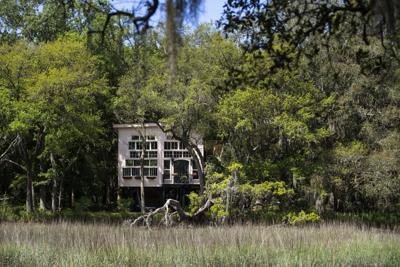 Bolt Farm Treehouse .JPG (copy)