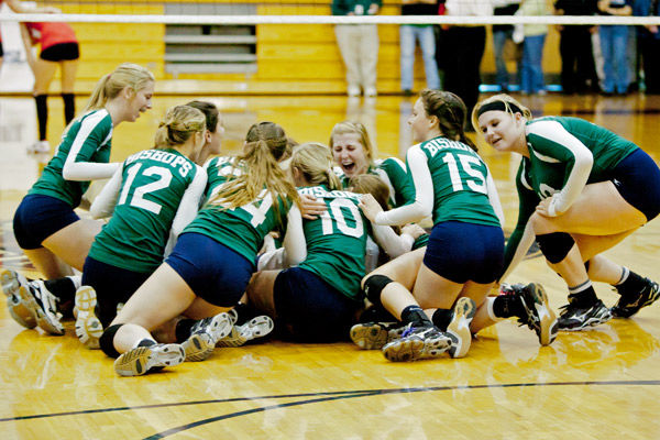 Record-tying title: Bishop England volleyball captures 22nd state crown