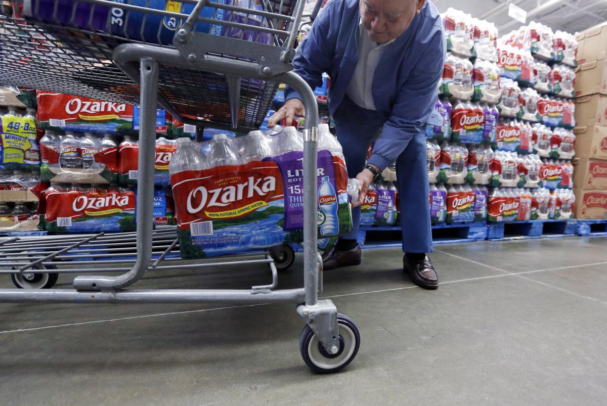 Rising water Americans ditch soda for H2O