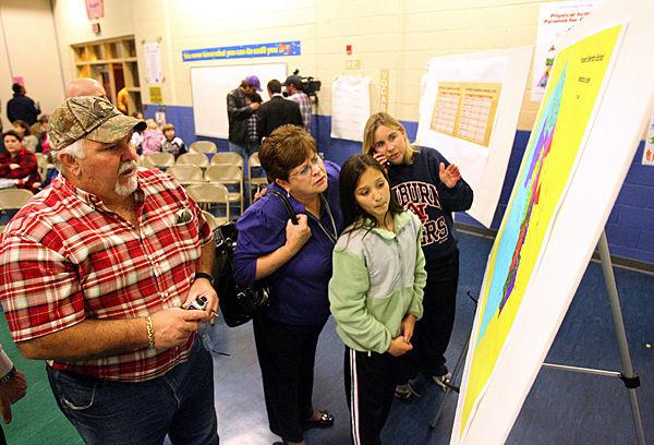 Dorchester District 2 parents get look at new attendance lines