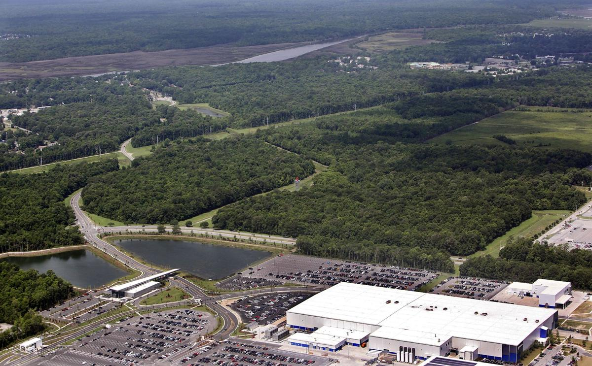 Boeing gets land $12.5M to be paid for 320 wooded acres