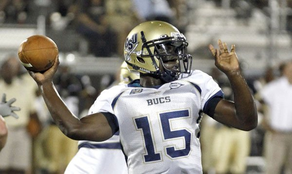Charleston Southern quarterback and offense starting to click going into home opener