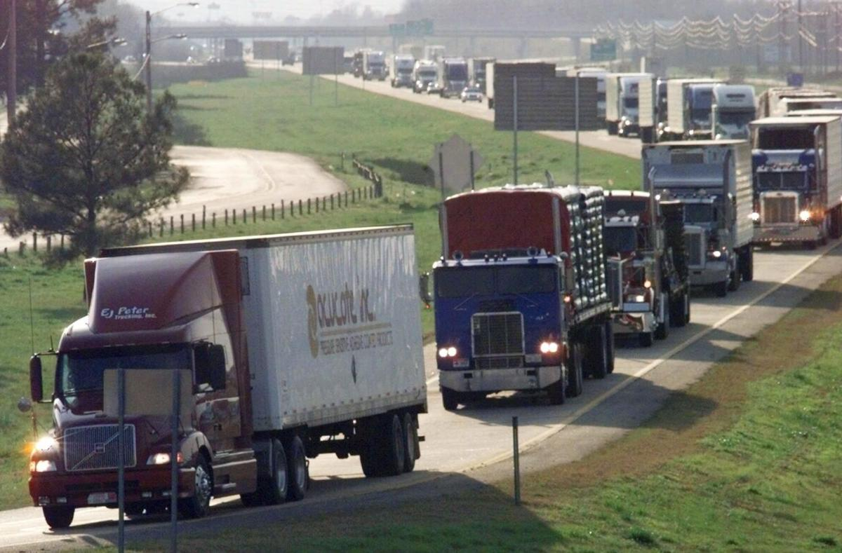 Teen truckers? Bill would drop big-rig driver age to 18