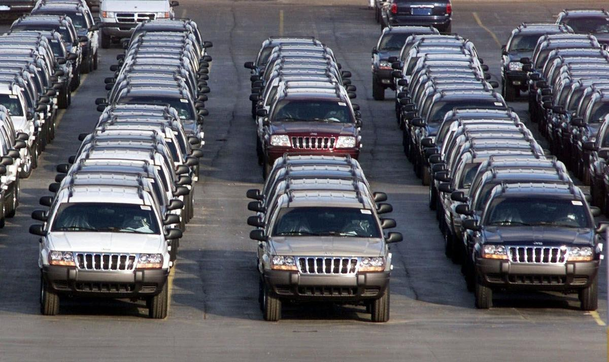 Jeep owners worry about safety after recall deal