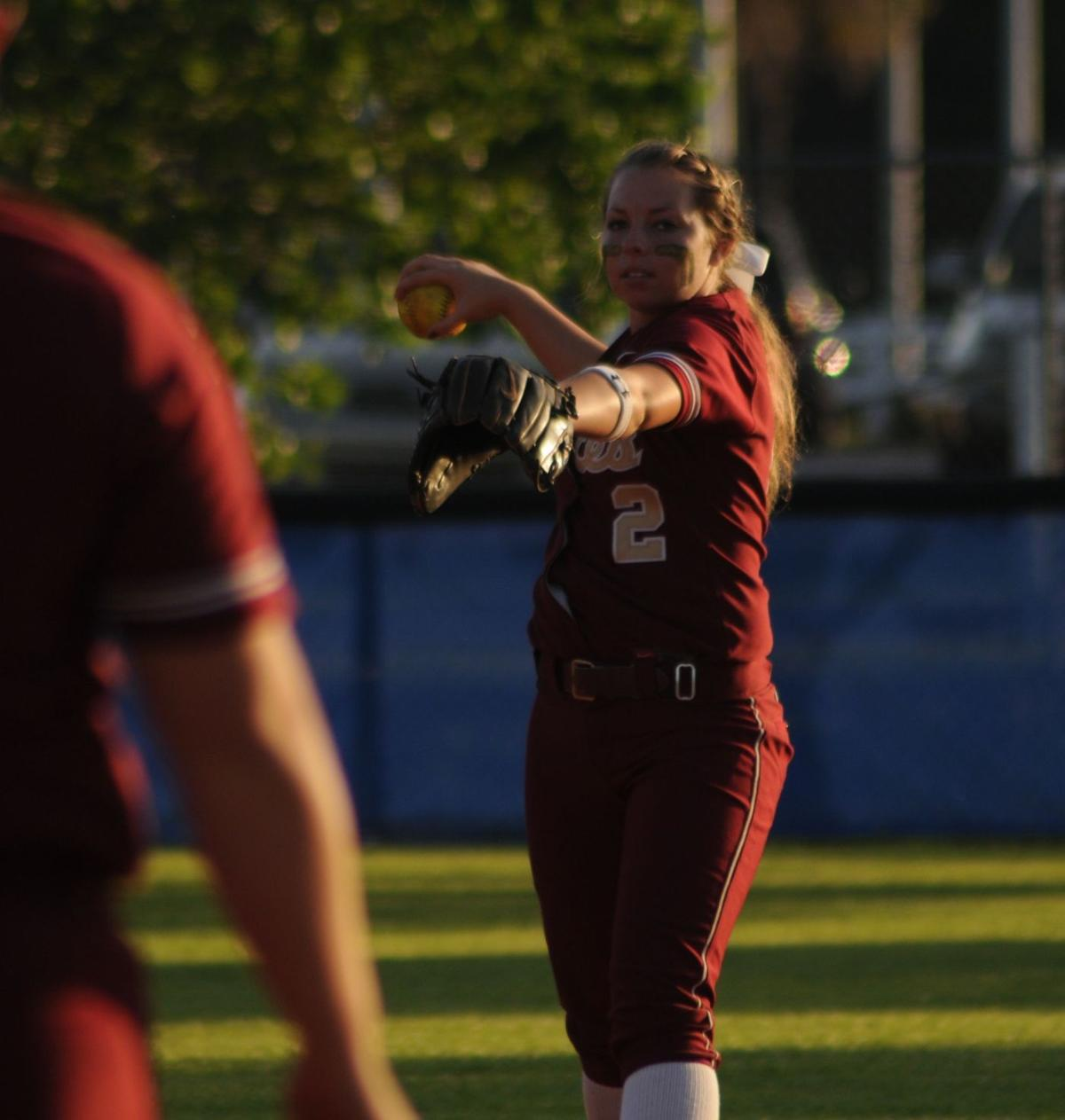Deschaine's pitching powers Ashley Ridge