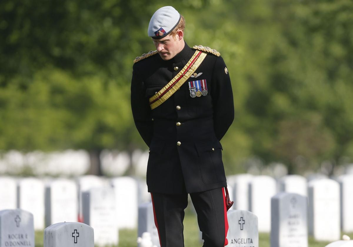 Prince Harry pays tribute to US war dead at Arlington Cemetery