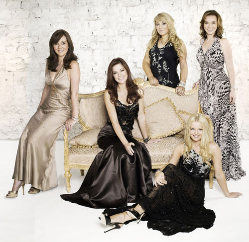 Celtic Woman balances contemporary pop with traditional music