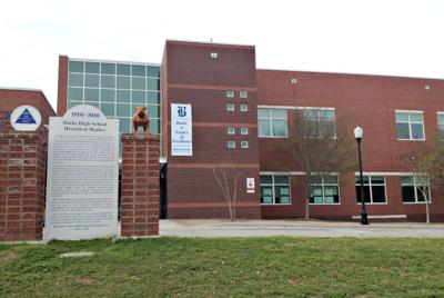 Downtown Charleston parents to host second meeting on Burke High's future (copy)
