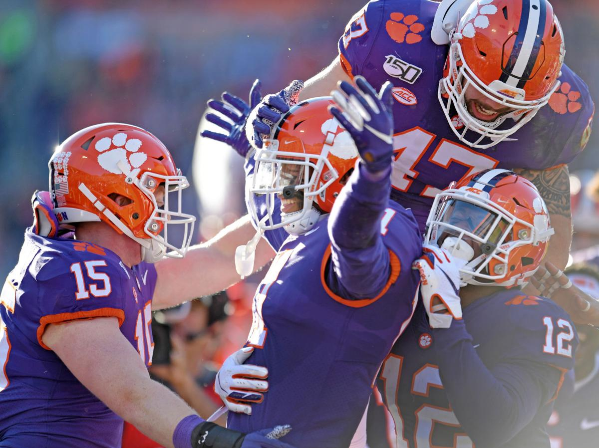 Photos Clemson Tigers Pound Wofford Terriers Photo