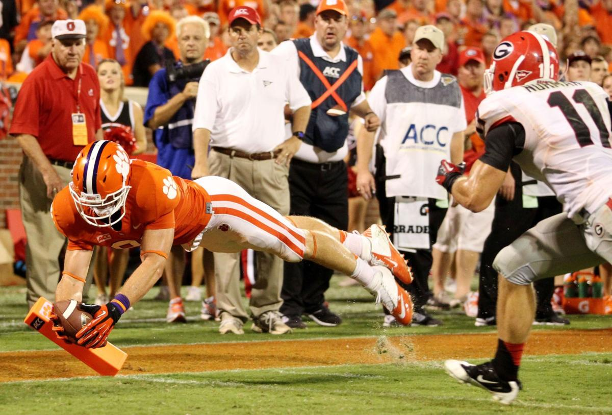 Clemson's clutch catch Patience pays off for Porter-Gaud product Seckinger, whose touchdown catch is pivotal in defeating father's alma mater