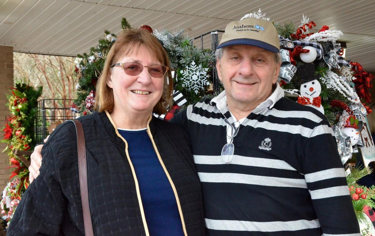 Christmas Craft Show Local Residents Find Unique Handmade Gifts For The Holidays Sunday Best Postandcourier Com