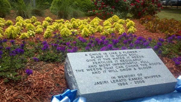 Jasiri Whipper memorial unveiled in North Charleston