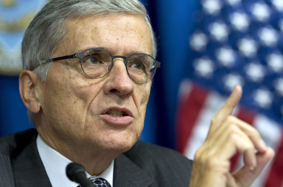 FCC chairman proposes regulating Internet like phone service