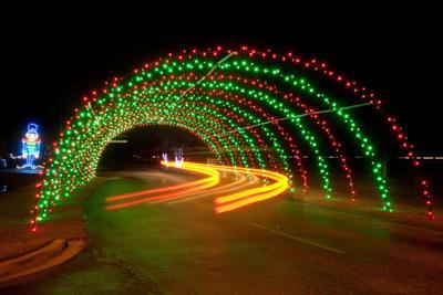 driving tour lights up Santee Cooper
