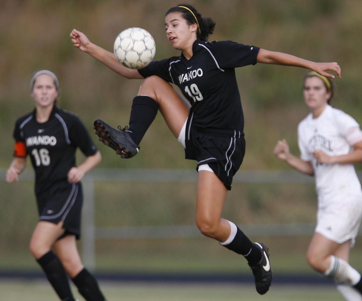 Wando girls go for 3rd in row