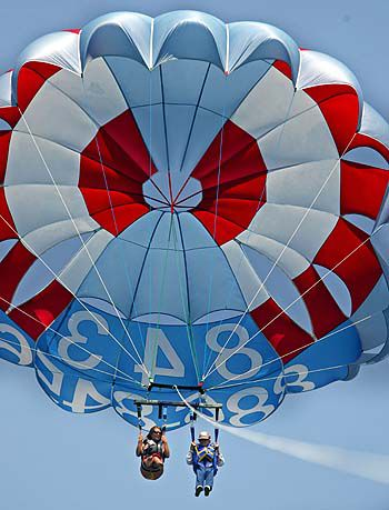96-year-old Great-grandmother Parasailing