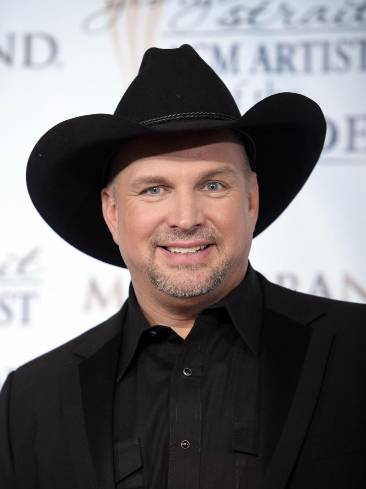 Garth Brooks announces four local performances in February, breaks ticket sales record in an hour