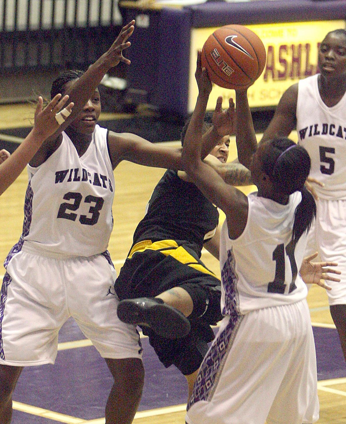 West Ashley vs. Goose Creek girls basketballl