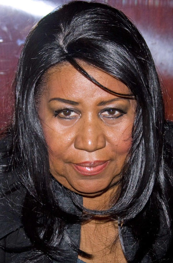PEOPLE: Aretha, fiance moved 'too fast,' won't marry