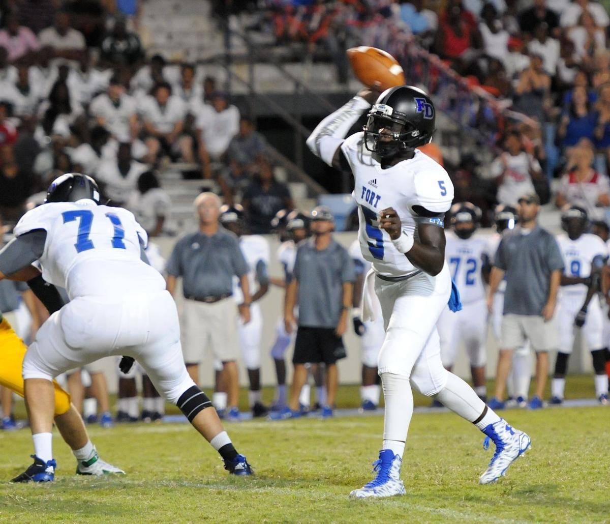 Fort Dorchester QB Dakereon Joyner named Lowcountry player of week