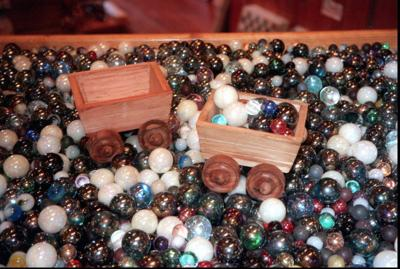 Longtime gemstone shop closes on downtown Charleston's Market St.