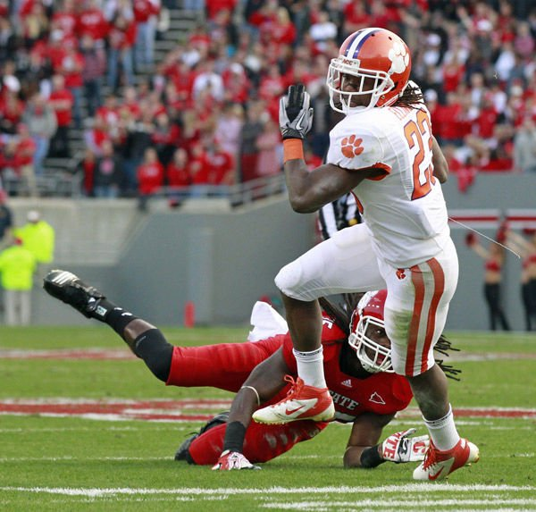 CLEMSON NOTES: Watkins expected to play against South Carolina