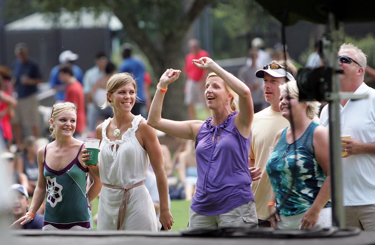 Hootie's Homegrown Weekend -- Grand Lawn Festival