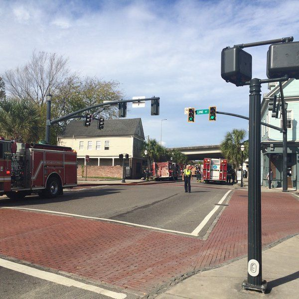 Charleston firefighters extinguish flames on upper King Street