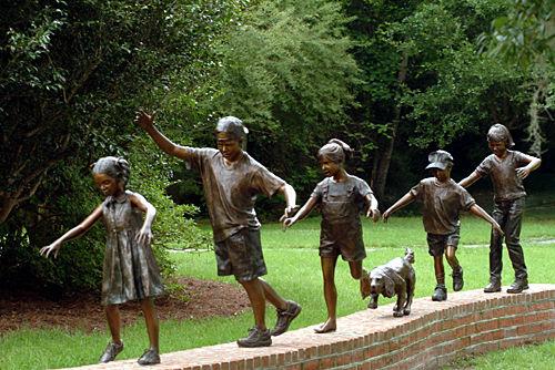 Bronze figure stolen from park