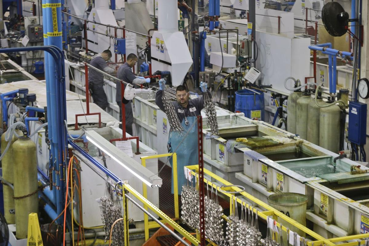 US manufacturing expands at solid pace in December