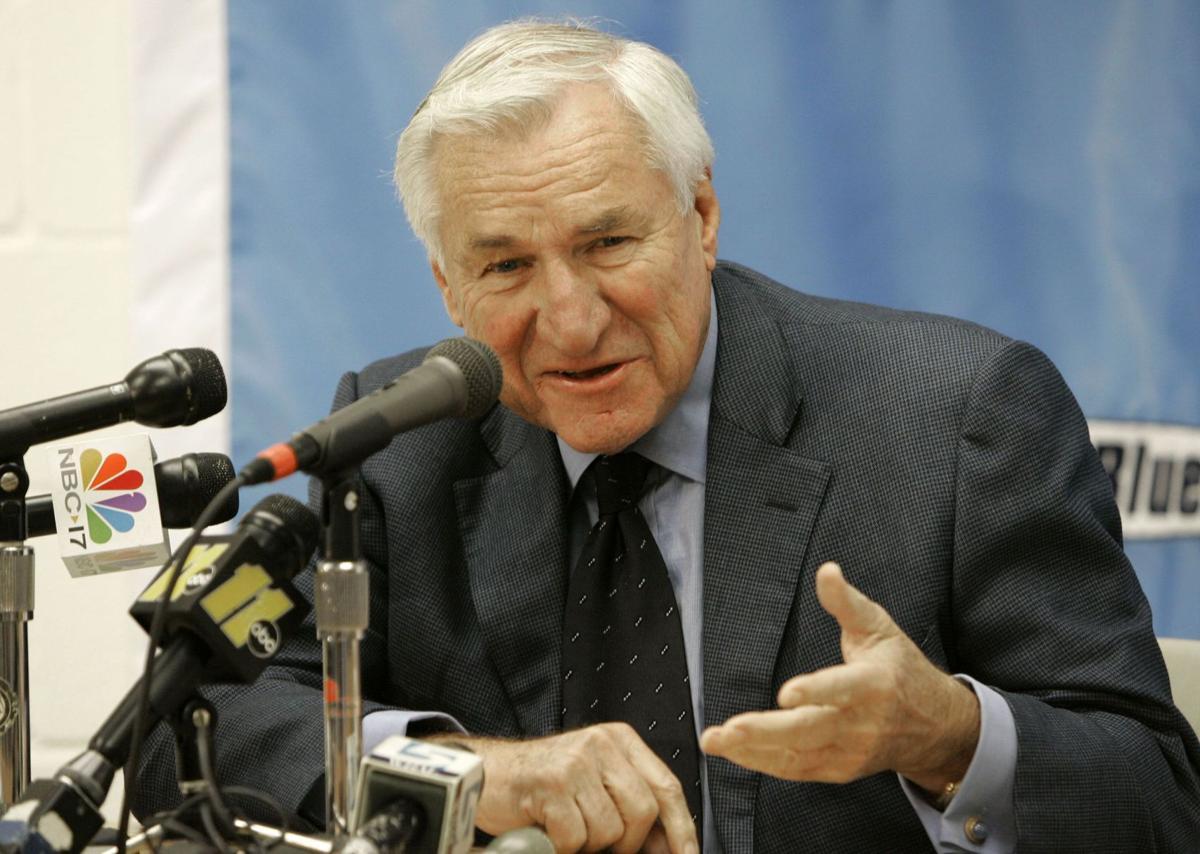 Former North Carolina basketball head coach Dean Smith dead at age 83