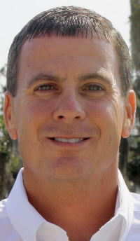 Olds edges Ayer for North Charleston council